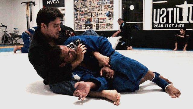 Jiu-jitsu - Magazine cover
