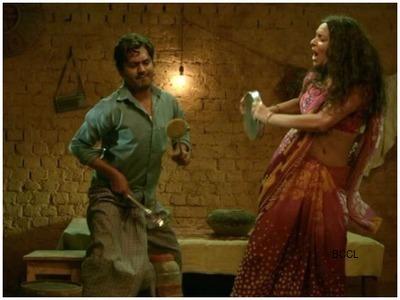 Babumoshai bandookbaaz movie review