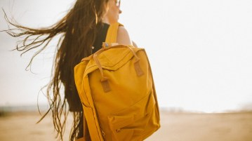 07 Things You Should Always Have In Your Carry Bag