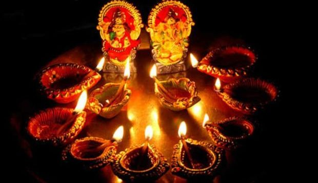 How will you get Laxmi Kirpa on Dhantaras