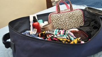 07 Things you should always pack while going on trip