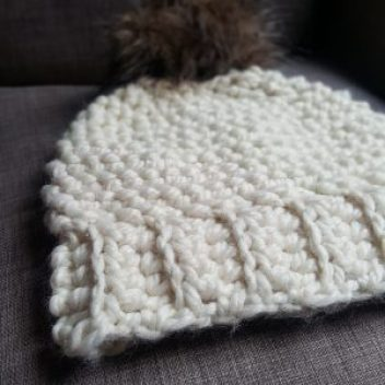 6fc142d0f0f chunky cream crochet hat
