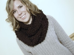 Chunky Knit Cowl - Black - JJCrochet