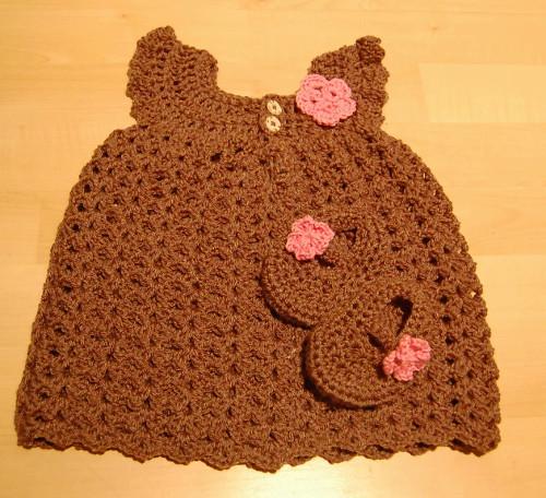 crochetbabydress3