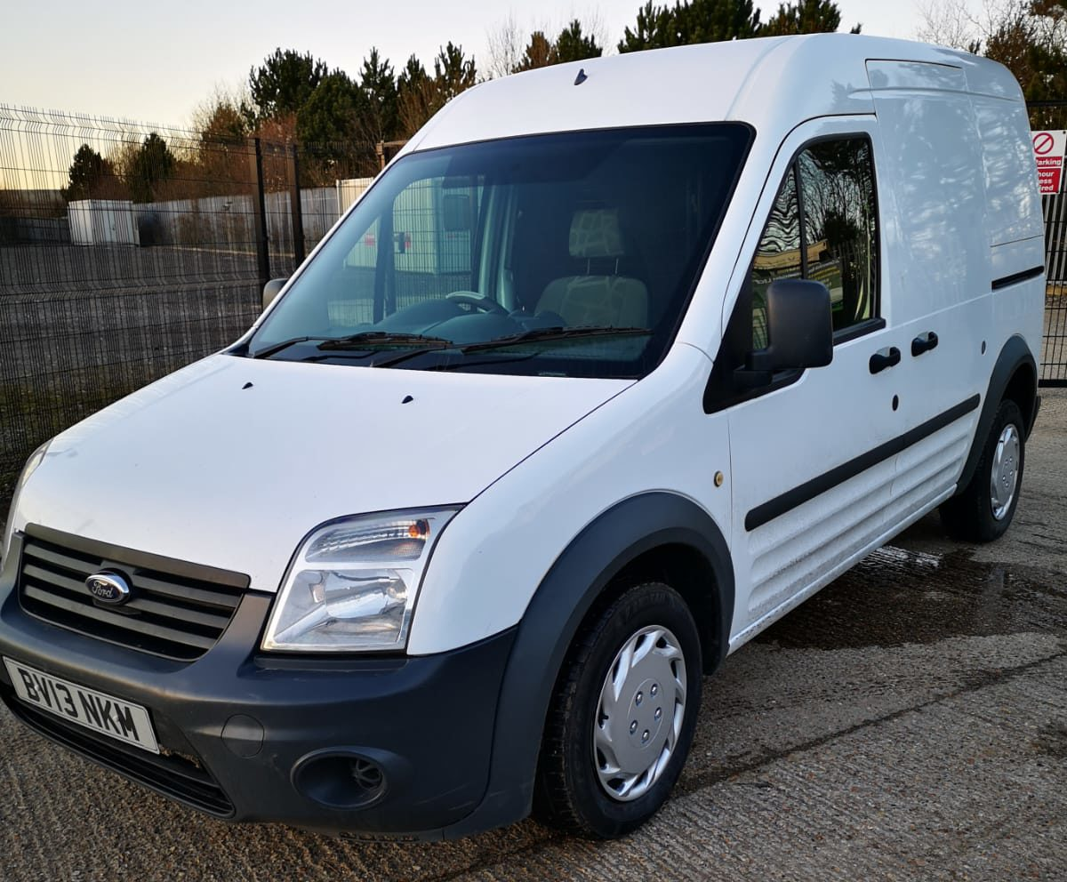 f5628c1ba9 FORD TRANSIT CONNECT 230 LWB 90PS 1.8 WHITE DIESEL CHEAP VAN  NO VAT  59K  2013