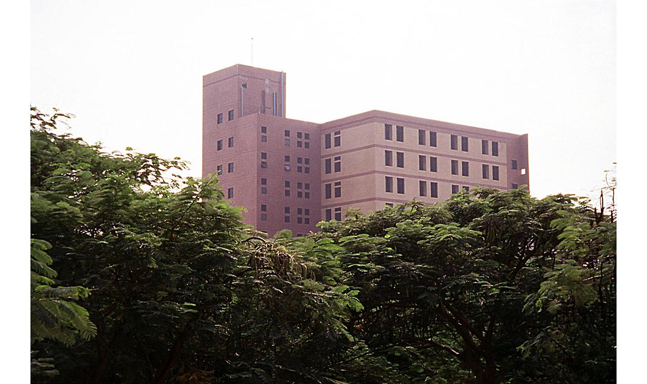 臺中榮總急診及第二門診大樓