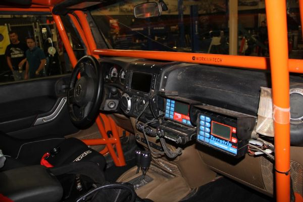 Amy-Lerner-2012-Jeep-Wrangler-JK-AEV-Race-Jeep--9--Interior