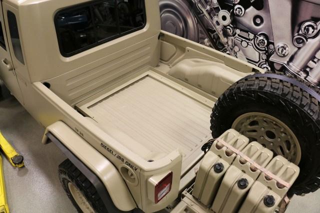 jeep-wrangler-commando-j8-cargo-bed