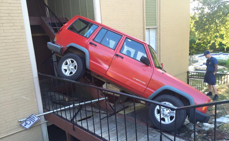 As Capable As Jeep Cherokee XJs Are, I Am Always Amazed To See What Some  Owners Will Do With Them. For Example, An XJ Owner In Austin, Texas Was  Going About ...