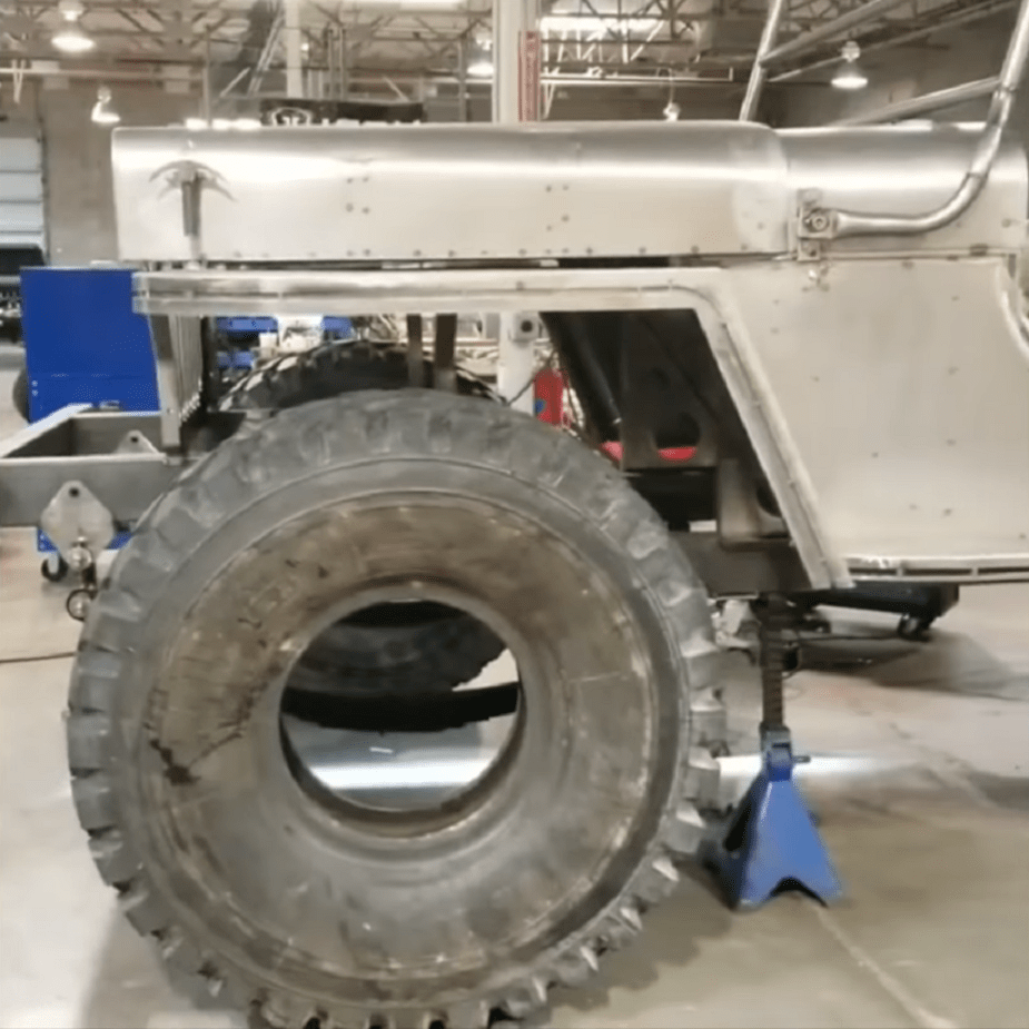 jk-forum.com Giant Jeep Willys Project Vehicle