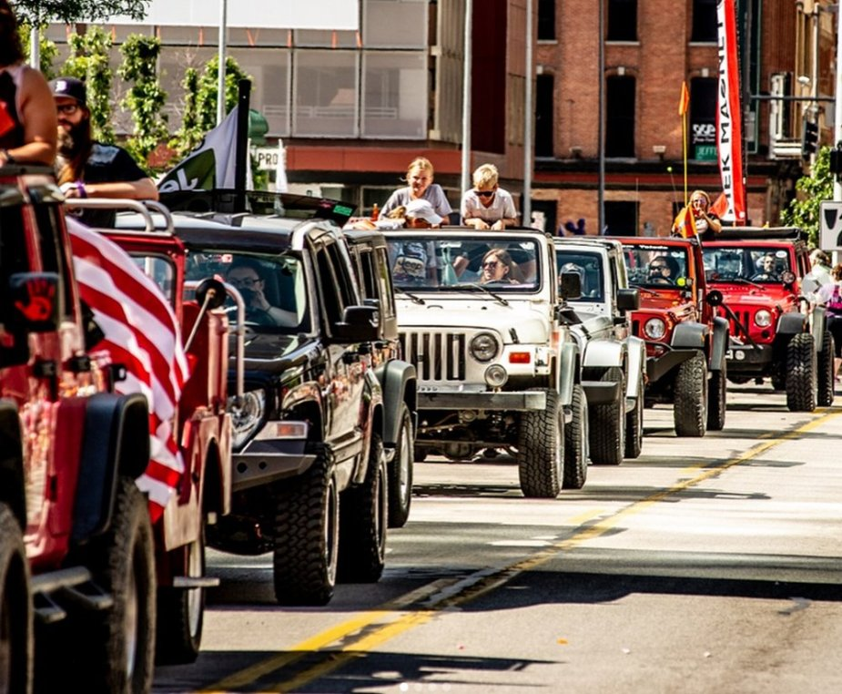 Jeep Parade Side