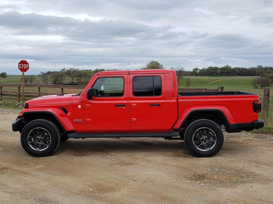 First Drive Comparison Is The Gladiator The Jl Wrangler Pickup We Need