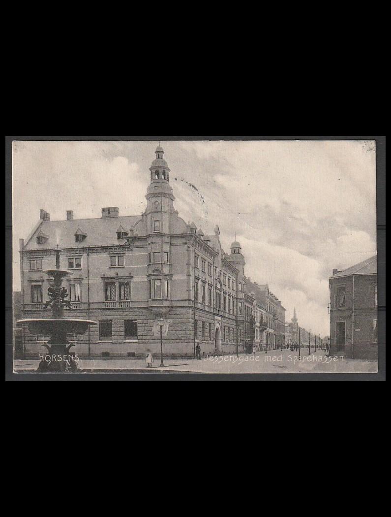 DK postkort Horsens. Jessensgade med Sparekassen brugt 16-02-08