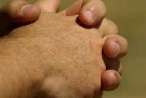 hands-799772__340