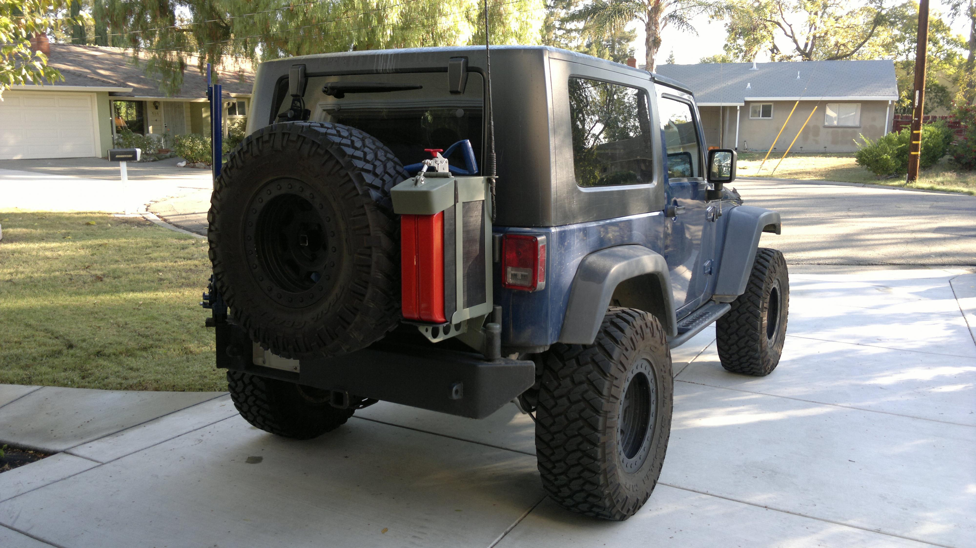 2012 Gas Jerry Holder Jeep Can