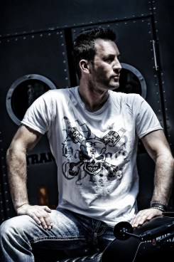 Louis T-Shirts_04