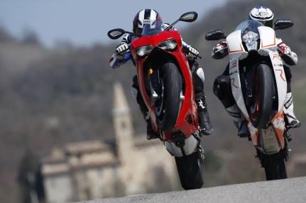 Ducati 1199 Panigale, KTM RC8 1190 R, PS 2er VT, Italien