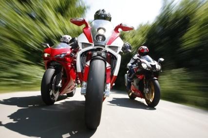 Aprilia RSV 1000 R Factory Bimota DB7 Ducati 1098 S