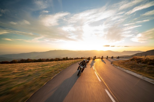 Aprilia Shiver 900, BMW G 310 R, Harley-Davidson Heritage Classic, Honda CBR 1000 RR Fireblade, Honda Gold Wing GL 1800, KTM 790 Duke, Triumph Thruxton R, Herbstausfahrt 2018, MRD Heft 24/18, Vogesen, Frankreich