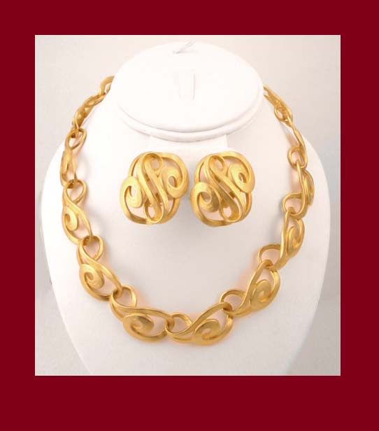 Erwin Pearl Gold Tone Necklace & Earrings
