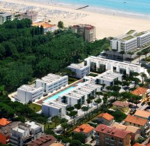 Jesolo Immobiliare Richard Meier Present Pool