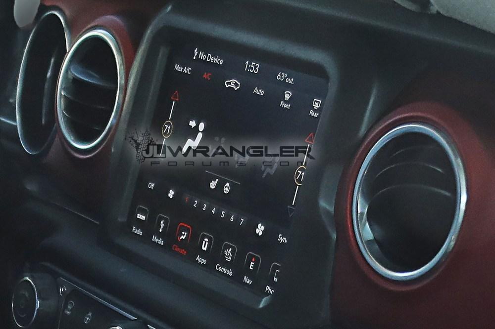 medium resolution of 2018 jeep wrangler interior rubicon 2 jpg