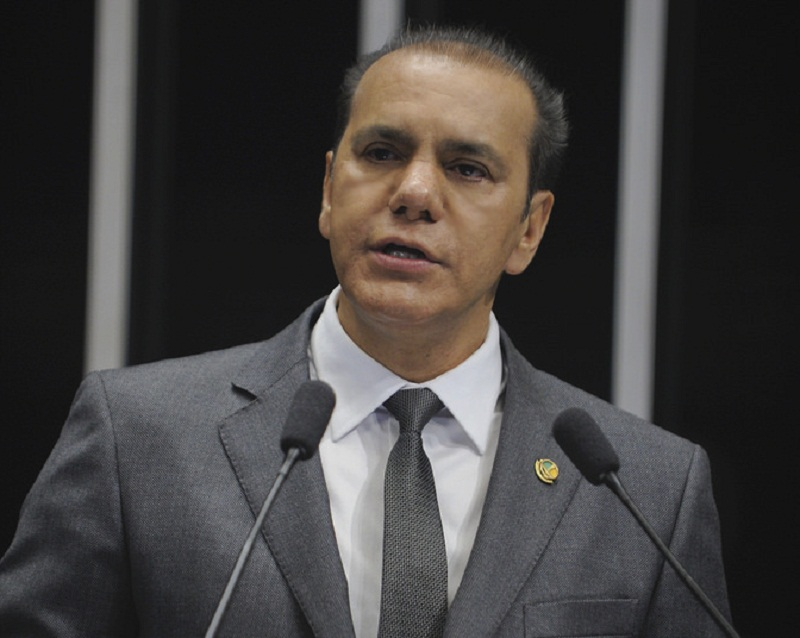 senador-ataides-oliveira-0403