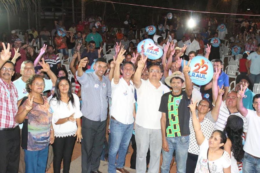 , o candidato a prefeito de Palmas garantiu, caso eleito, a ampliação da Escola Marcos Freire, com espaço para adaptação de uma creche - Centro de Educação Infantil (CMEI).