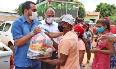 Wanderlei Barbosa, acompanhou nesta sexta-feira, 30, a distribuição de cestas básicas na região de Taquaruçu, distrito de Palmas