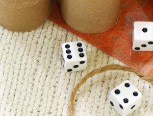 Yahtzee Cups and Dice | How to make a Yahtzee game from toilet paper tubes