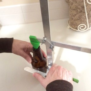 How to cut bottles—the simplest and safest way to make smooth bottle cuts using water. | jnkdavis.com