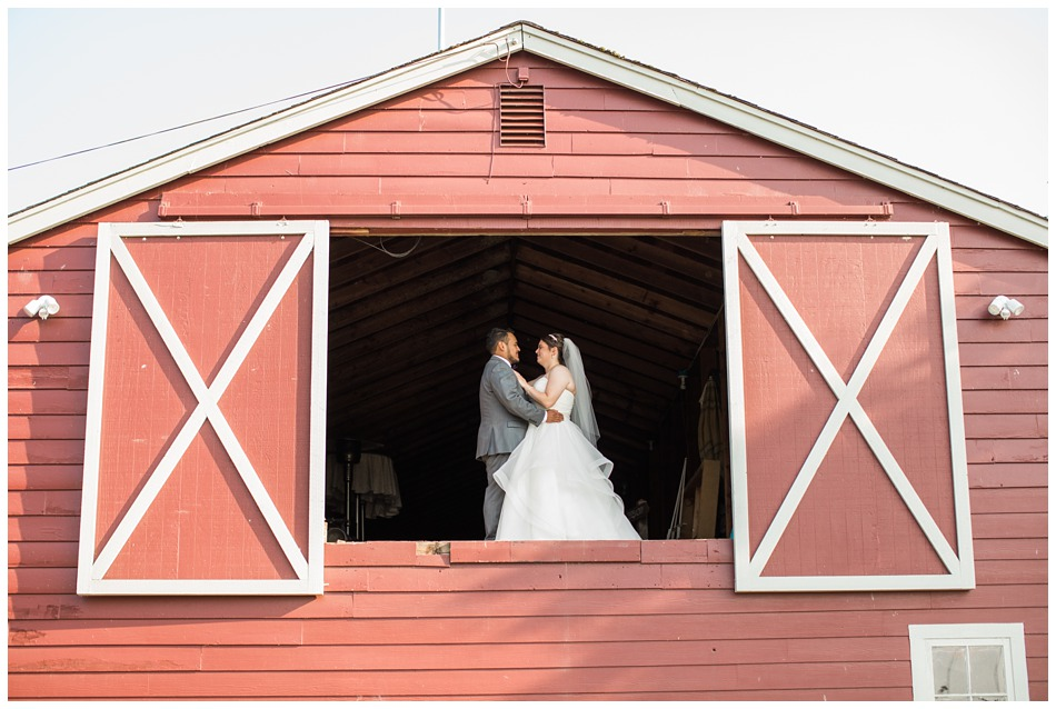 Photo of bride and groom a rustic barn wedding at Craven Farms in Snohomish, a wedding venue near Seattle. | Joanna Monger Photography