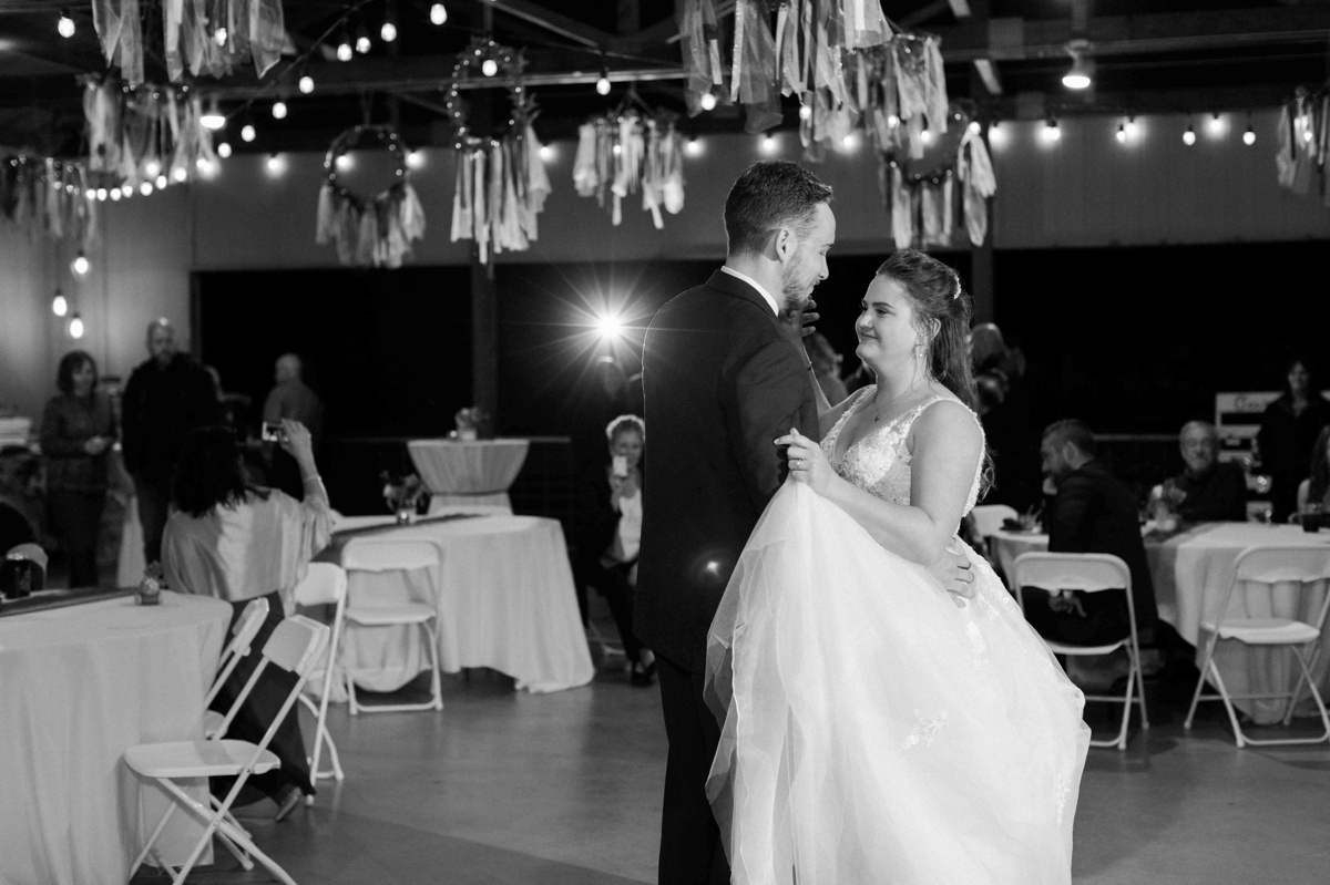 First dance at Craven Farms in Snohomish. Photos by Joanna Monger Photography, Snohomish and Woodinville Wedding Photographer.