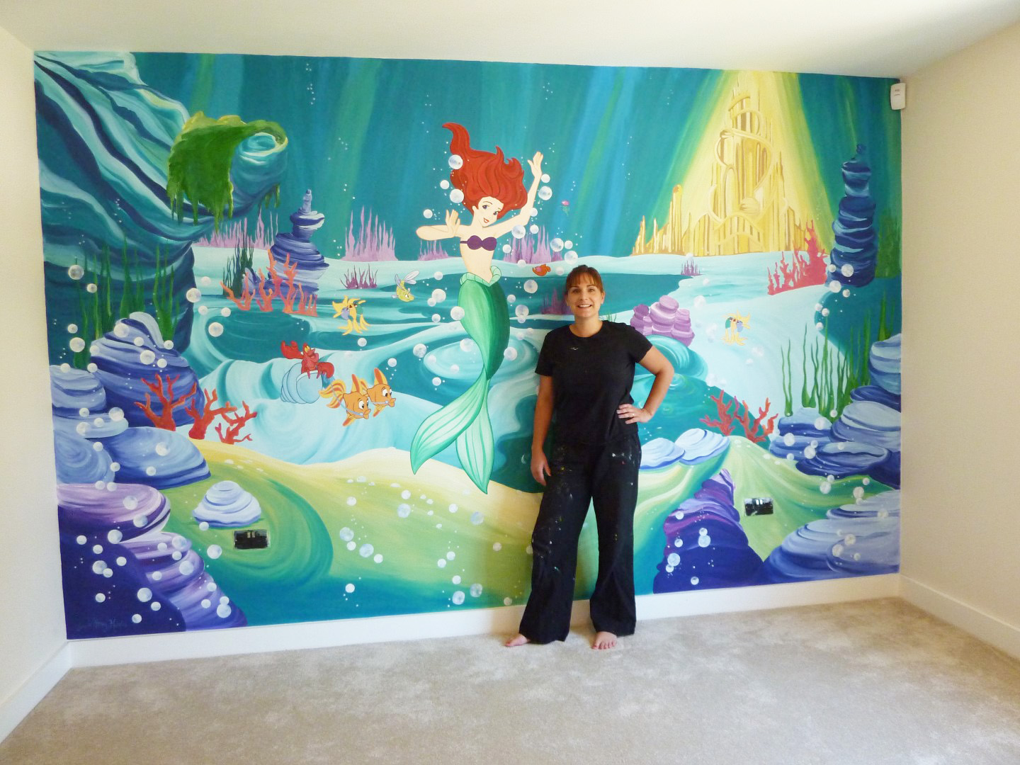 how to paint a mural on a wall
