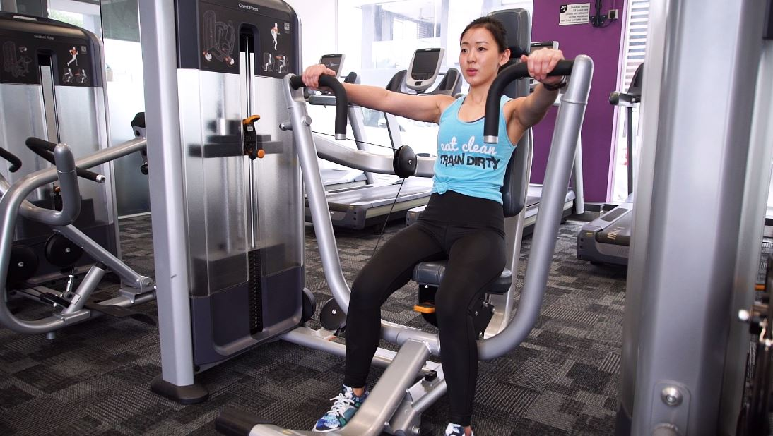 gym chest chair recycled milk jug chairs beginner guide to using the machines adjust seat height up or down so that handles are inline with your level not above below it
