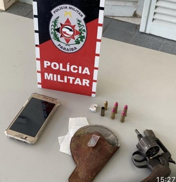 POLÍCIA MILITAR APREENDE ARMA DE FOGO DURANTE ATENDIMENTO DE OCORRÊNCIA EM POMBAL