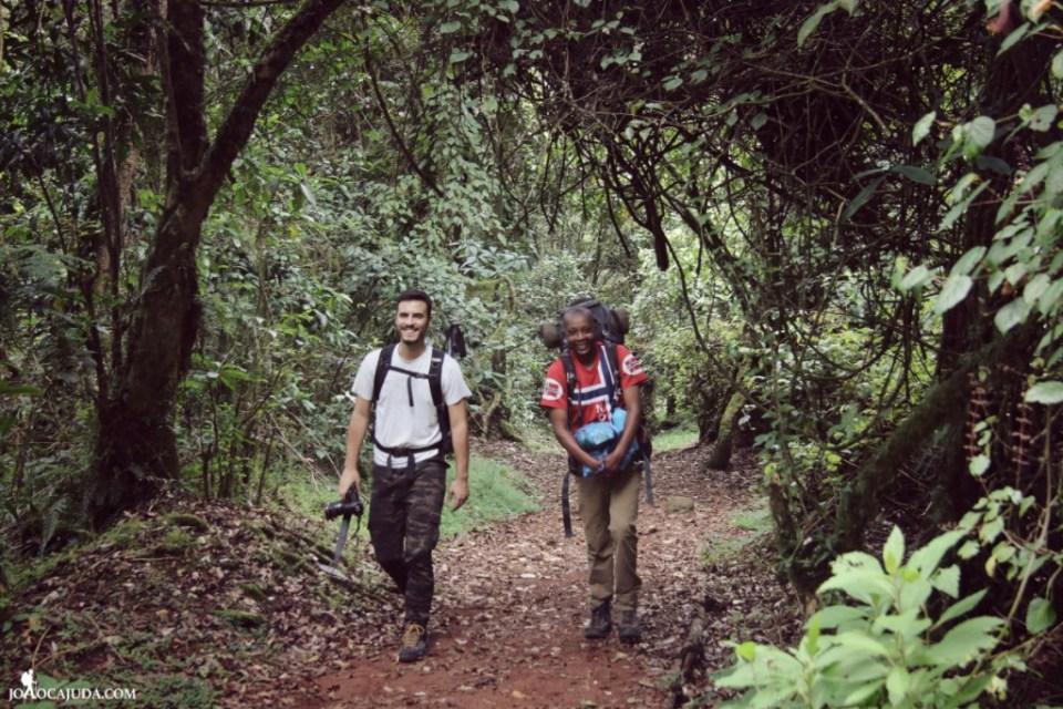 joão-cajuda-tanzaniaclimbing-kilimanjaro2- www.joaocajuda.com