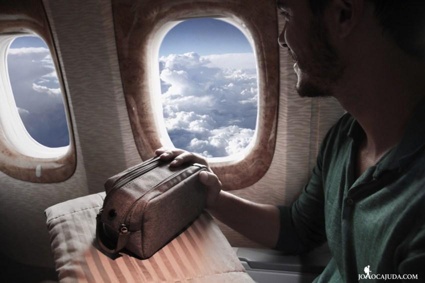 Voar com a Emirates