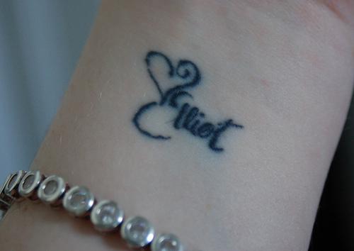 Female Wrist Tattoo - Inner Wrist Name Tattoo Design