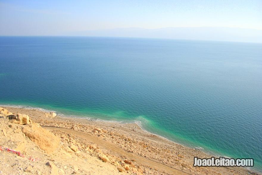 Vista linda do Mar Morto em Israel