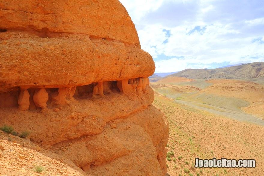 Celeiros Falesia de Asseghmou na região de Ouarzazate