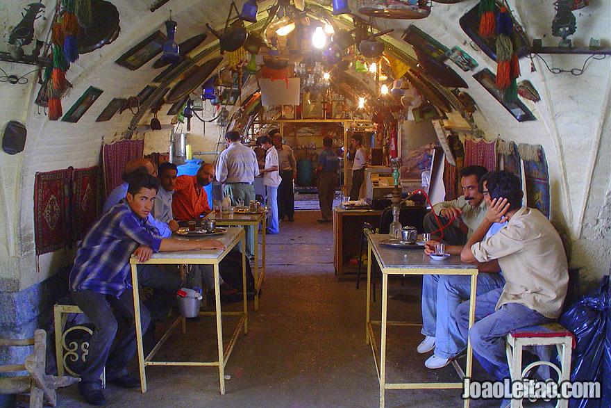 Ir a uma Casa de Chá em Isfahan