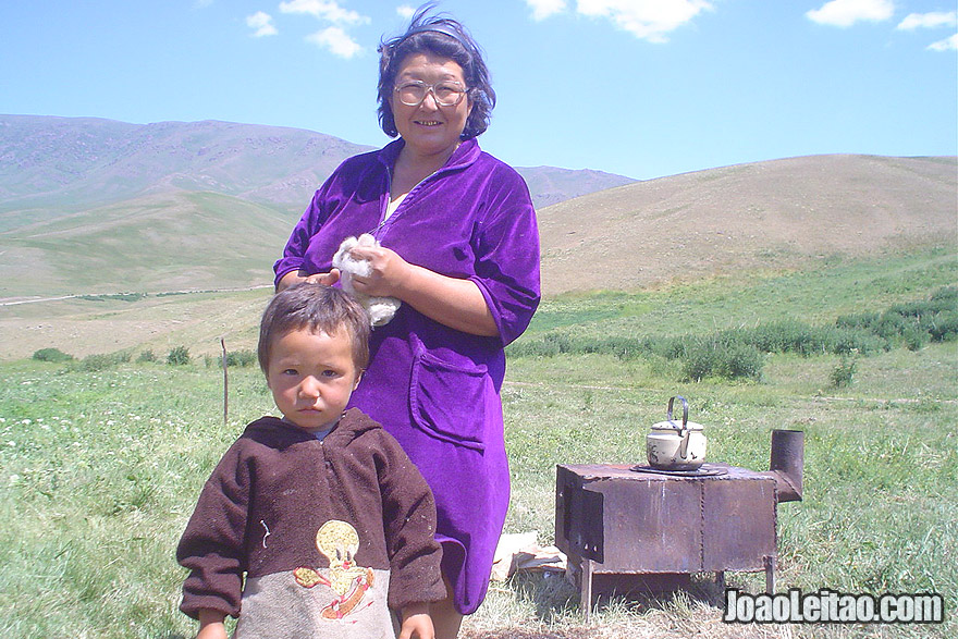 Família nómada Cazaque – Parque Nacional de Ile-Alatau