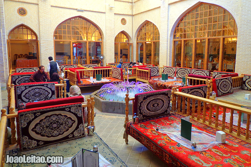 Bastani Traditional Restaurant in Isfahan - Where to eat in Iran