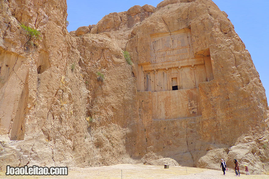 Naqsh-e Khostam ancient necropolis from 1000 BC - Sightseeing in Iran