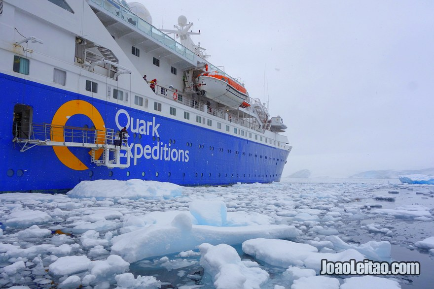 15 days Antarctica Cruise Expedition from Ushuaia