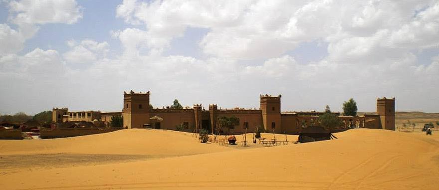 Facade of Auberge Café du Sud Desert Hotel