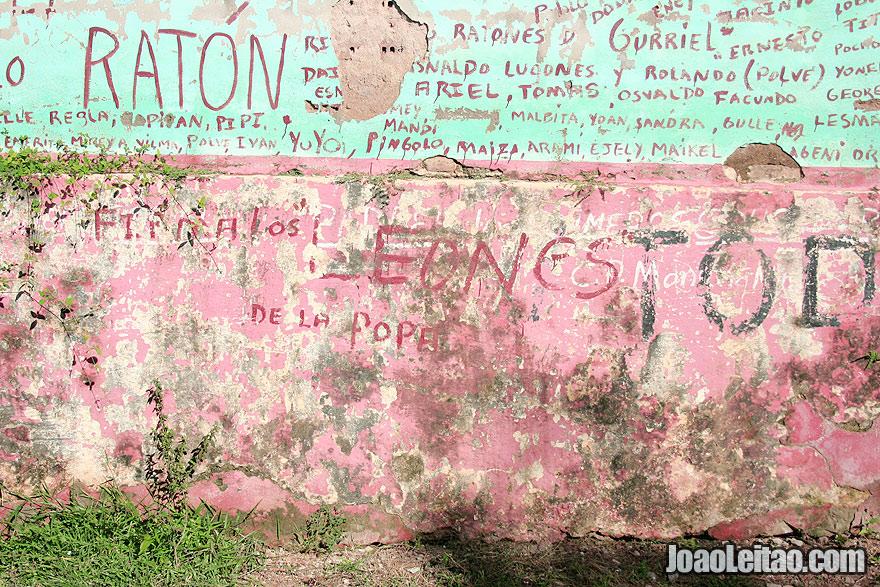 Cuban names graffiti
