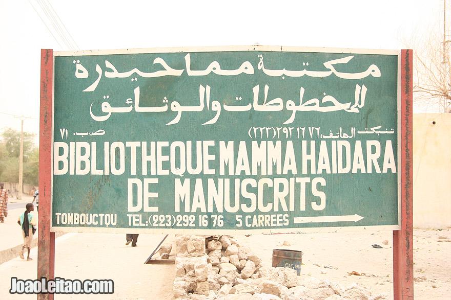 Mamma Haidara Commemorative Library street sign