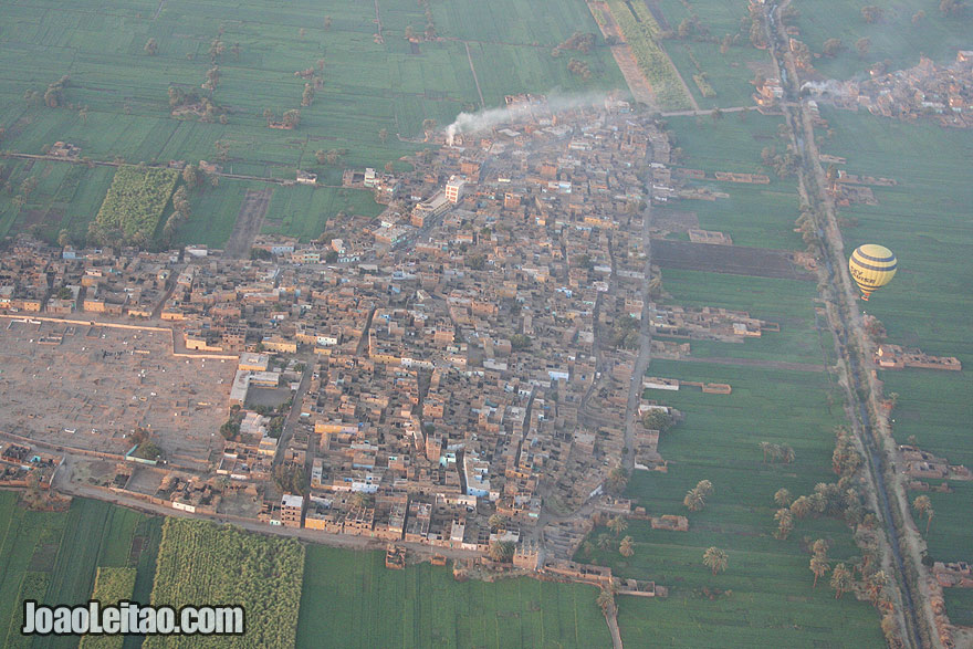 Village in the region of Luxor seen from above